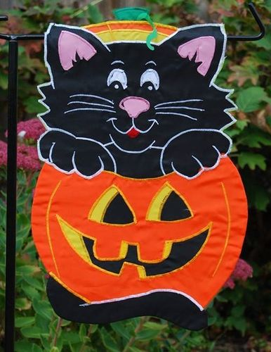 "Halloween Kitten Greeting Garden Flag 12""x18"""